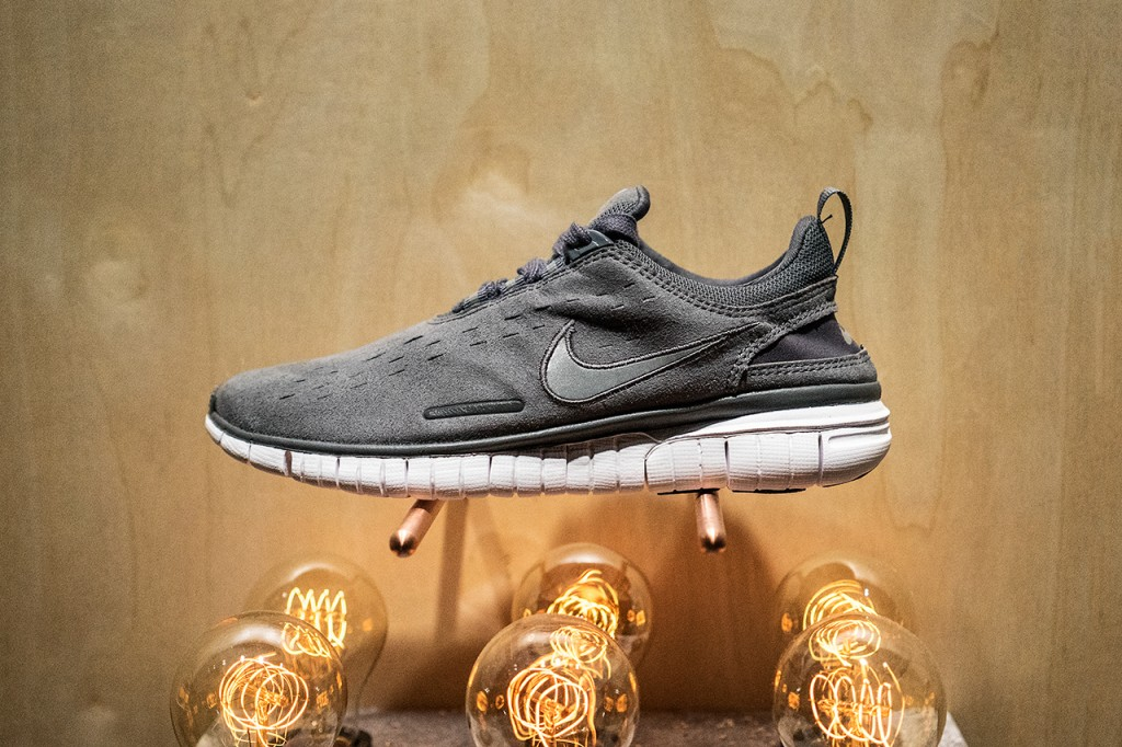 a-first-look-at-the-a-p-c-x-nike-2014-holiday-free-og-1
