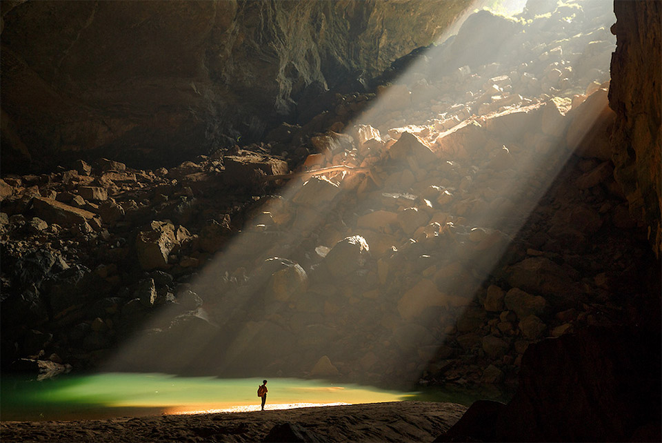 inside_hang_son_doong_4